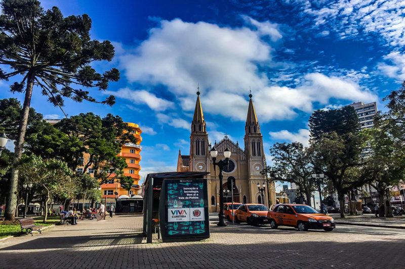 Bairros de alto padrão em Curitiba: saiba onde morar bem